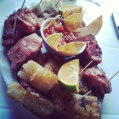 Costa Rican food : Chicharrones con yuca (fried pork rinds with fried yuca or cassava)