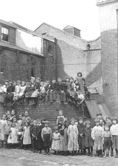 Poole Square, Spitalfields by Horace Warner via Spitalfields Life Victorian London, Vintage London, Old London, East London, Victorian Era, Vintage Pictures, Old Pictures, Old Photos, Antique Photos