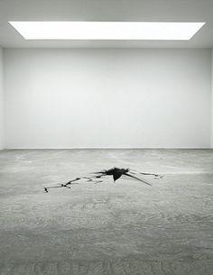 Bursting Floor by Fabian Bürgy Contemporary Sculpture, Contemporary Art, Glass Installation, Scenic Design, Art Of Living, Art Boards, Sculpture Art, Modern Art, Abstract Art