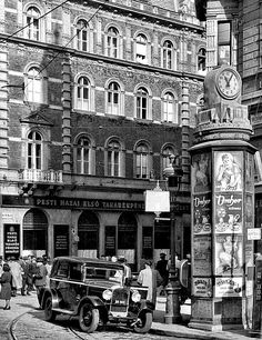 Budapest, Utca, Hungary, Old Photos, Times Square, The Past, Street View, Travel, Motorcycles