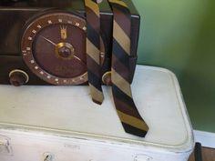 Men's Skinny tie Vintage by Traincasesandmore on Etsy