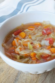 I decided to do the 7 Day Detox Cabbage Soup for the simple reason of my inflammation to my spine during the summer months. Detox the body in 7 days. Week Detox Diet, 7 Day Detox, Detox Diet Drinks, Cleanse Detox, Juice Cleanse, Detox Juices, Stomach Cleanse, Health Cleanse, Intestine Detox Cleanse