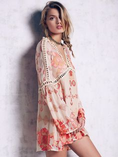 Boho Peach Silk Gypsy Sleeves Mini Dress bee4b0844d86