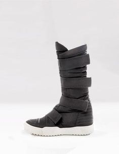 high top boots,futuristic look, closing by adhesive bands hidden 50 mm platform High Top Boots, Long Boots, Futuristic Shoes, Military Inspired Fashion, Space Fashion, Crew Clothing, Female Clothing, Long Gloves, Sneaker Boots