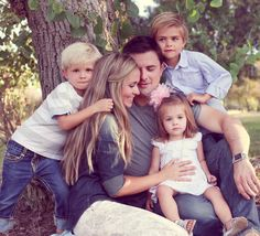 Like the colors and style of clothes for this family photo session