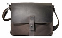 Harold's Take Away Messenger Bag Braun