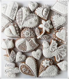 Wedding cookies, lacy piping, by Irina, posted on Cookie Connection