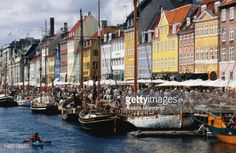 Photo : Houses and boats on the Nyhavn Canal in Christianshavn