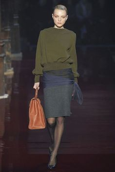 Emanuel Ungaro Fall 2006 Ready-to-Wear Collection Photos - Vogue