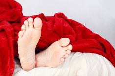 restless legs syndrome Avoid too much tea and coffee, especially around meal times, as the tannins in them interfere with iron absorption. Top 10 Home Remedies, Natural Remedies, Restless Leg Remedies, Anemia Symptoms, Restless Leg Syndrome, Iron Deficiency, Camping Breakfast, Bodily Functions, Signs And Symptoms