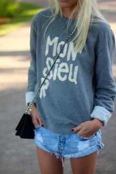 Jeans e Moleton o ar esportivo pintando ai!!!
