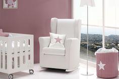 El sillón de #lactancia SOGNO está pensado y diseñado para ofrecer la máxima comodidad y seguridad a nuestras mamis. Además, gracias a su diseño y a la gran variedad de colores disponibles ¡es perfecto para cualquier dormitorio de #bebé!