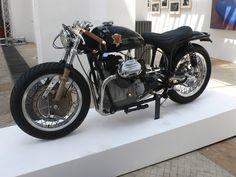 slim 1970 Moto Guzzi V7