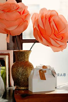How to make oversized paper flowers