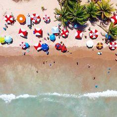 #feliz2018 #happy2018 #2018 #dji #djispark #djisparkbrasil #joaopessoa #paraiba #jpa #pb #brasil #brazil #drone #dronephotography #praiadobessa #praia #beach #umbrella #umbrellas #guardasol #mar #sea #cores #colors #landscape #landscaping #paisagem #picoftheday #photooftheday #1stday