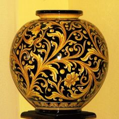 Majolica from Caltagirone, some of the best artistic pottery in Italy