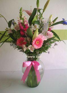 #FloreriaZazil ofrece arreglos florales para toda ocasión en Cancún. Visitenos en : www.floreriazazil.com Info: ventas@floreriazazil.com #Floreriacancun #Cancunflowershop #Cancunfloraldesign