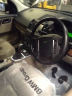 Service reset performed on this Freelander using on our dealer level diagnostic equipment. Bmw