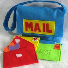 The mail has arrived! This adorable mail set consists of one mail bag and 4 envelopes that open and close for hours of magical, pretend play! Perfectly sized for little hands, these envelopes can be Sewing For Kids, Diy For Kids, Diy Coloring Books, Felt Books, Fabric Purses, Homemade Toys, Sewing Toys, Sewing For Beginners, Diy Toys