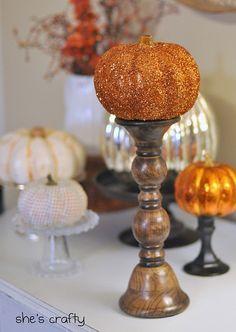 """""""Credit: Choose Craftiness [http://choosecraftiness.blogspot.com/2011/10/glitter-pumpkin.html]"""" DIY No Carve Pumpkins"""