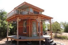 Only 80sf of Teeny Tiny Texas House, the Gingered Swan sleeps two and has space to dance and sit for a little snack or dinner.  It also has a roof deck to watch the sunset.  955 Pure Salvage once again.