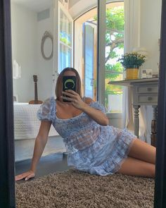 an ig post from with this amazing dress 😍 Big Girl Fashion, Curvy Fashion, Ripped Jeans Look, Photo Merci, Curvy Inspiration, Curvy Girl Outfits, Curvy Models, Fashion Poses, Body
