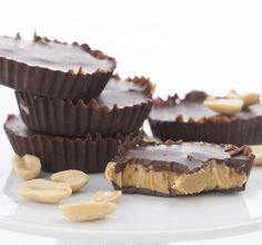 Make your own healthier peanut butter cups! low carb sugar-free and THM friendly