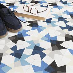 """Alberto Sanchez : """"Keidos"""", des carreaux de ciment graphiques et colorés directement inspirés par les formes de kaléidoscopes.(idee cuisine # 16)"""