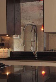 Kupfer Verblasst Spiegel Backsplash Ist Eine Perfekte Passform Für Eine  Warme Farbige Braune Küche, Fügt