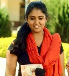 Chitthi nahi ghetali tar   Kay karshil.... Indian Film Actress, Beautiful Indian Actress, Indian Actresses, Girls Phone Numbers, India Beauty, Movies Online, Dj, Sari, Teen