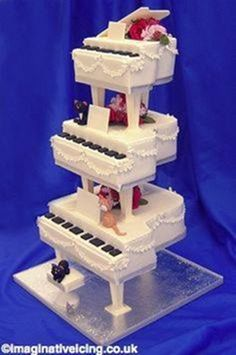 We loved creating this musical themed birthday cake for a ...