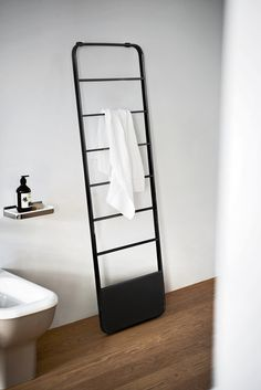 Towel warmers | Bathroom accessories | Memory towel warmer. Check it on Architonic