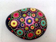 Handpainted Stone Dots Circles Mandala- Meditation-Pebble Colourful Art –Colors Chakra-Pointillism-Dot Art-Mediterranean Sea Rocks-Vibrant