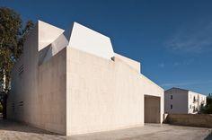 Centro de Salud en Cartaya by CHS ARQUITECTOS