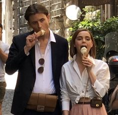 """Kiernan Shipka and Christian Coppola are my new obsession"" Cute Relationship Goals, Cute Relationships, Distance Relationships, Cute Couples Goals, Couple Goals, Fotografia Retro, Photoshoot Idea, Couple Ulzzang, The Love Club"