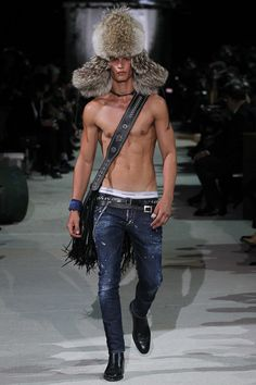 Fall 2015 Menswear  Dsquared²   http://www.style.com/slideshows/fashion-shows/fall-2015-menswear/dsquared/collection/4