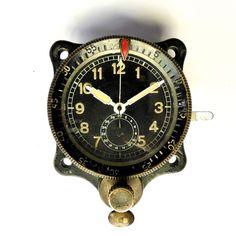 Catawiki Online-Auktionshaus: Junghans Borduhr - aus dem Zweiten Weltkrieg