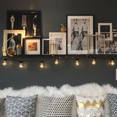 "380 Likes, 6 Comments - Vanessa ✨ (@decoratorapp) on Instagram: ""This wall is a work of art.⠀ Pillows? Check ✅⠀ Perfectly mismatched gallery? Check ✅⠀ Lights? Check…"""