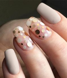 In seek out some nail styles and ideas for your nails? Listed here is our set of must-try coffin acrylic nails for modern women. Minimalist Nails, Nude Nails, My Nails, Gelish Nails, Acrylic Nails, Confetti Nails, Manicure, Gel Nagel Design, Nagel Blog