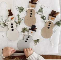 Kids Crafts, Preschool Christmas Crafts, Winter Crafts For Kids, Art For Kids, Christmas Mood, Christmas Is Coming, Xmas, Christmas Drawing, Merry And Bright