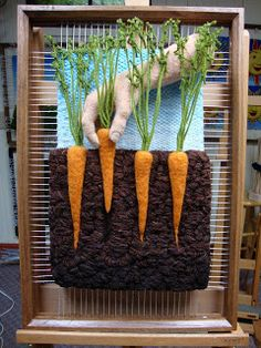 Dimensional Weaving - Martina Celerin 3D fiber art: August 2010