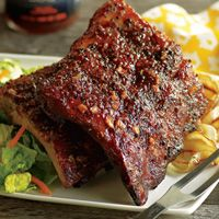 Richards BBQ Pork Ribs with Flyin' Saucy Barbeque Sauce is outta this world