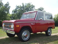 1973 Ford : Bronco Sport Package