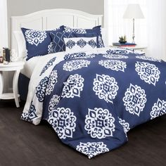 Crest home design comforter set
