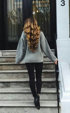 Curly hair style