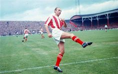 Poster-Stanley Matthews Stoke City poster sized print mm) made in Australia Stanley Matthews, Blackpool, Kevin Keegan, Stoke City Fc, Millwall, Football Stadiums, Football Players, Sport Football, National Photography