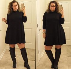 Curvily Yours: Gorgeous + model Laura Lee 😍 . Curvy Women Fashion, Look Fashion, Fashion Outfits, Plus Size Fall Fashion, Fashion For Women Over 40, Curvy Outfits, Plus Size Outfits, Holiday Outfits, Fall Outfits