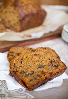 spiced pumpkin loaf - this looks yummy!