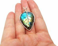 FREE SHIPPING Wire wrap leaf pendant with genuine labradorite gemstone