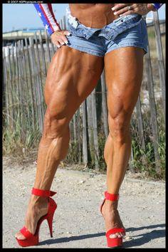 http://alphadogg16.hubpages.com/hub/Developing-Muscular-Thighs